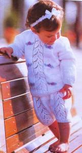 белая модель вязания для малыша